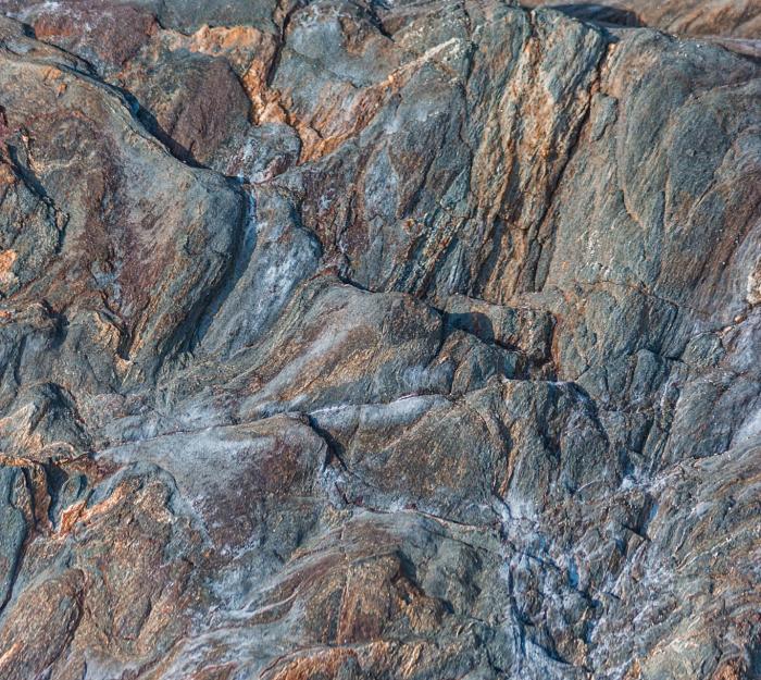 Bronzite stone raw
